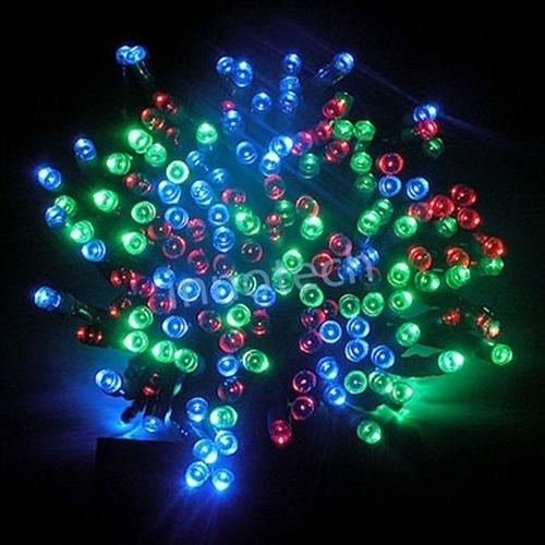 aleko 60 led solar powered christmas string lights multicolor